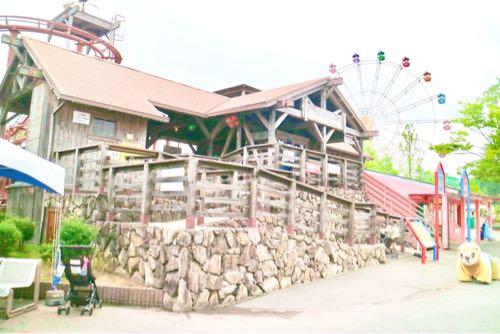 東条湖おもちゃ王国のジェットコースター
